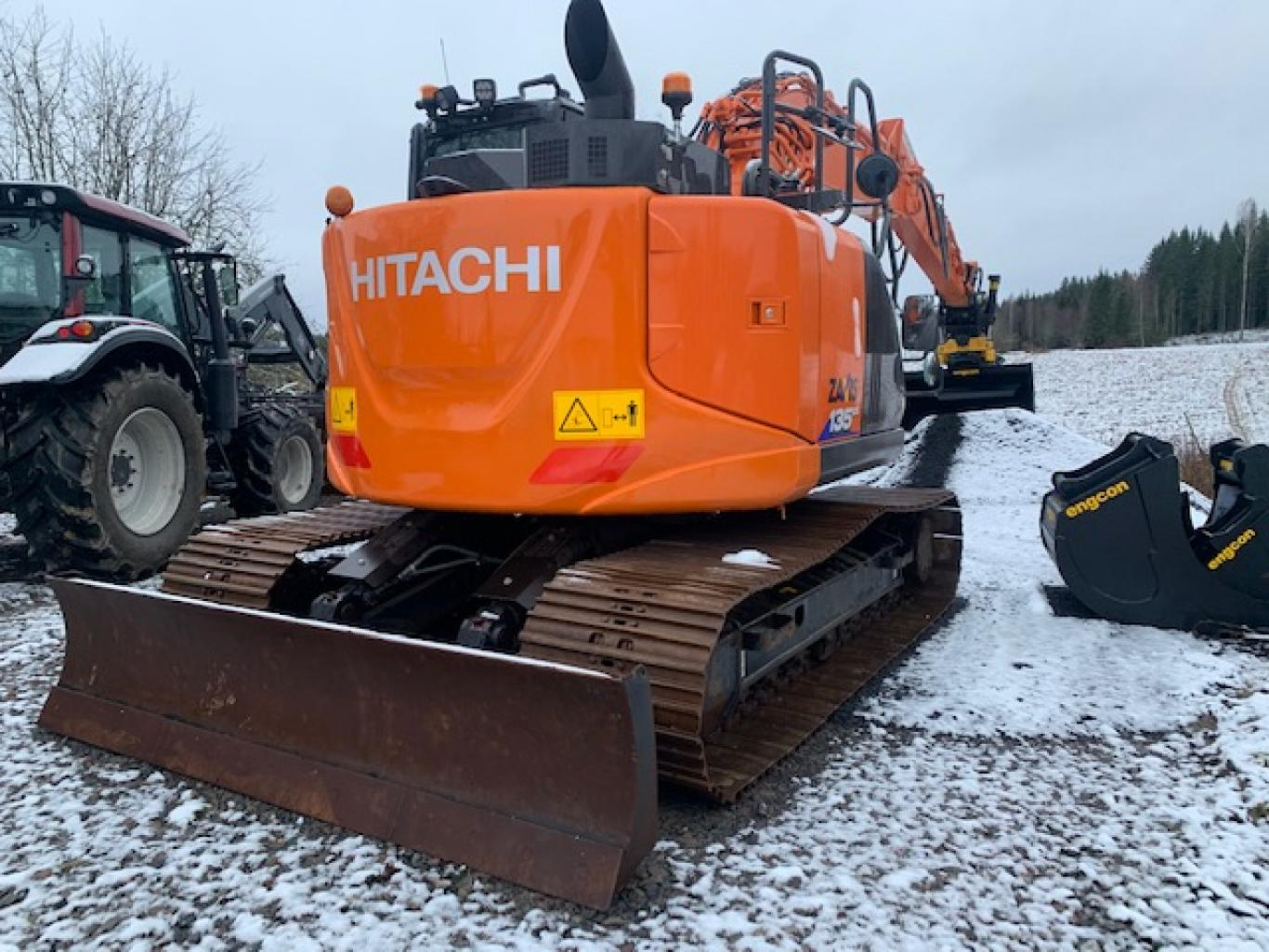Hitachi ZX135US-6